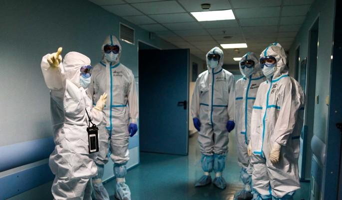 Коронавирус в России за сутки выявили у 7 425 человек
