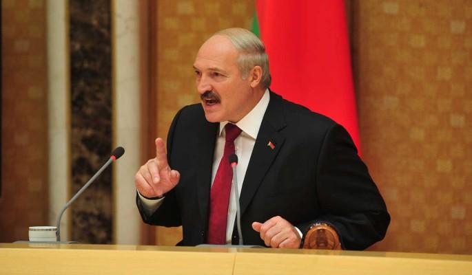 Лукашенко попросил не обзываться: Не надо нас дергать