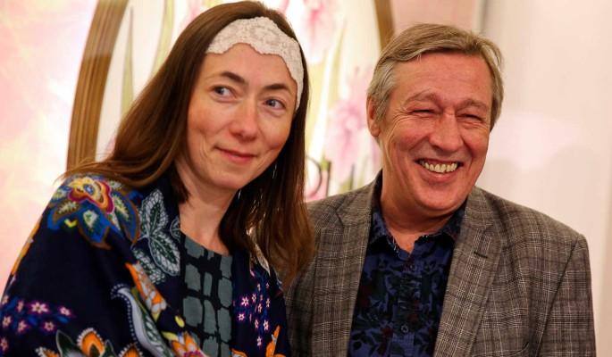 Жена Ефремова получит денежную компенсацию в огромном размере