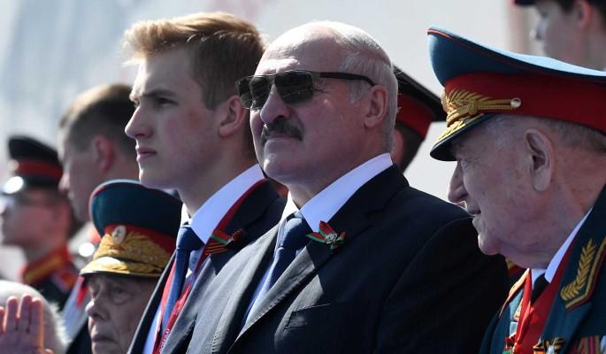 Стало известно о подарке Лукашенко на параде Победы в Москве