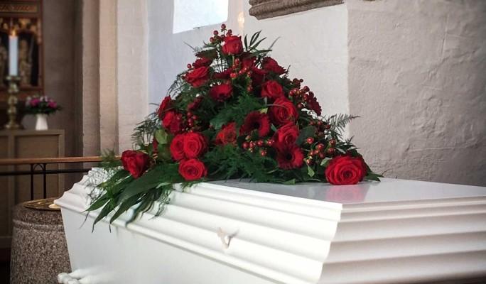 Могила рядом с мамой: стали известны подробности похорон Ирины Отиевой