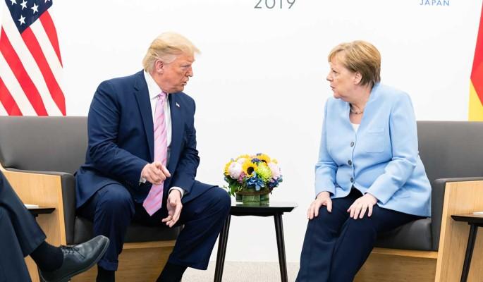 Трамп оскорбительно высказался в адрес Меркель