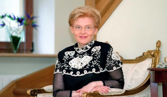 Переболевшая коронавирусом мать Малышевой оказалась в инвалидном кресле
