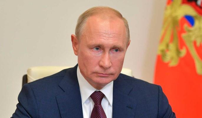 Владимир Путин напомнил об опасности советской Конституции