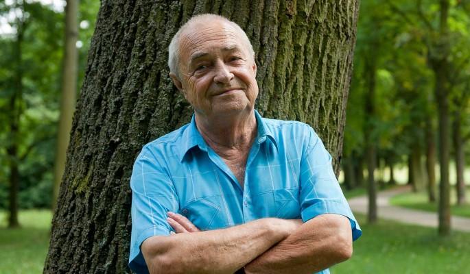 Россиянам старше 75 лет могут повысить пенсию: назван размер прибавки