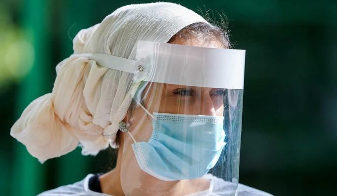 Число заразившихся коронавирусом в России превысило 733 тысячи