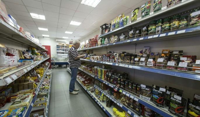 Россиянам предлагают платить за найденную в магазине просрочку