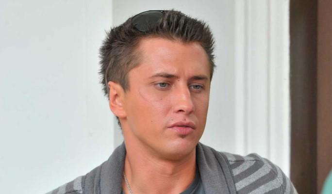 Прилучный впервые отреагировал на травлю после известия о романе с Карпович