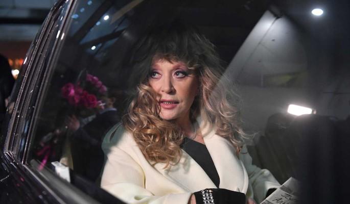 Невестка разделась на камеру в спа-салоне Пугачевой