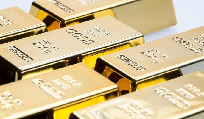 Цена на золото обновила рекорд: что это значит для россиян