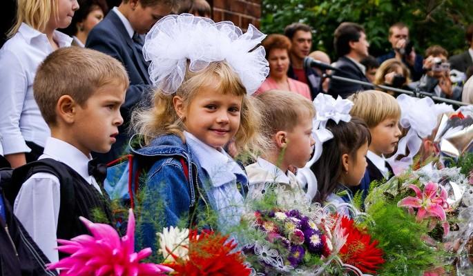 Как правильно настроить ребенка на первый класс