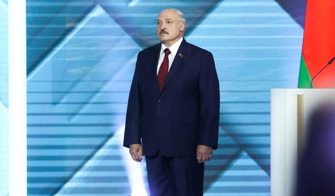 Политолог: Лукашенко продает Западу идею о том, что Белоруссии угрожает Россия