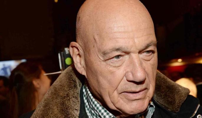 Познер считает заявление Ефремова о проблемах с памятью уловкой