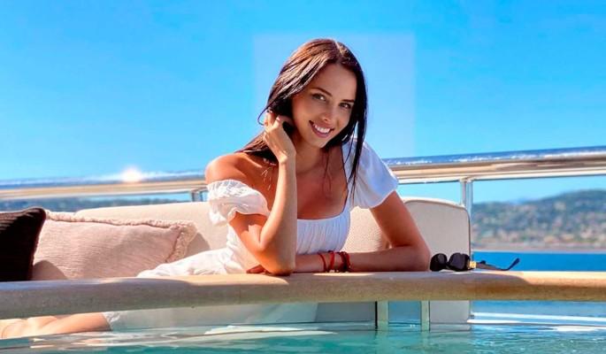 Обнародована стоимость роскошного отдыха Решетовой на яхте в Сен-Тропе