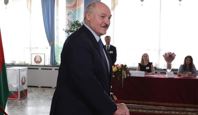 Лукашенко разгромил Тихановскую: первые результаты выборов президента Белоруссии