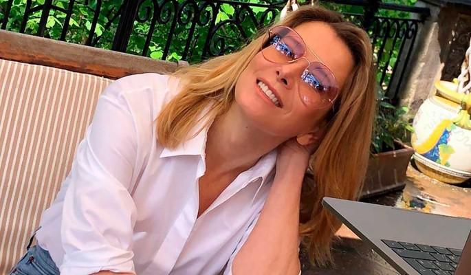 """""""До слез"""": Юлия Высоцкая сделала интимное фото в ванной"""