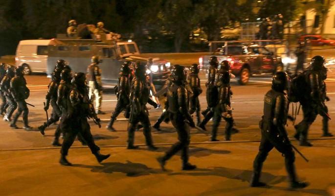 Лукашенко похвалил действия силовиков во время массовых беспорядков: На улицах были озверевшие люди