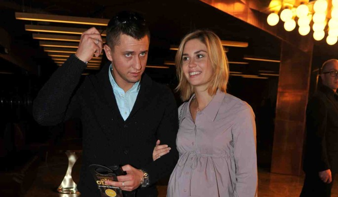 Солнцев усомнился в разводе Прилучного и Муцениеце: Расстались по-сериальному