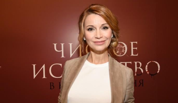 Застукали в трусах: Орлова прикрыла Кадони своим телом