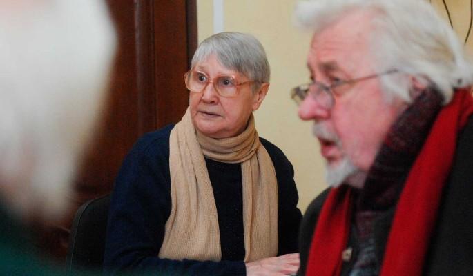 Пенсионерам пообещали выплаты к праздникам: Кто получит надбавку