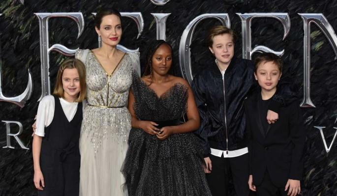 Анджелина Джоли запрещает детям грустить о Брэде Питте