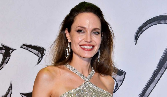 Джоли готовится добить Питта в споре об опеке над детьми