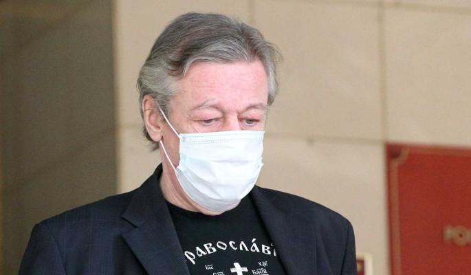"""""""Вы звери!"""": адвокат Ефремова закатил истерику в зале суда"""
