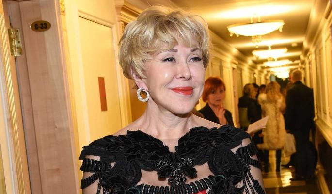 Успенская показала лицо после омоложения: Перекачанная ботоксом бабушка