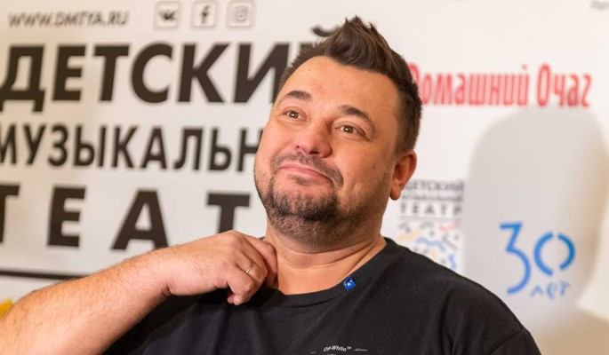 """Жуков высказался по поводу плагиата хита """"Руки вверх"""" Элджеем: Будем разбираться"""