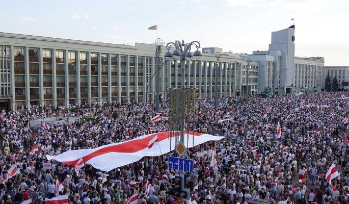 Режиму Лукашенко грозит банкротство из-за акций протеста