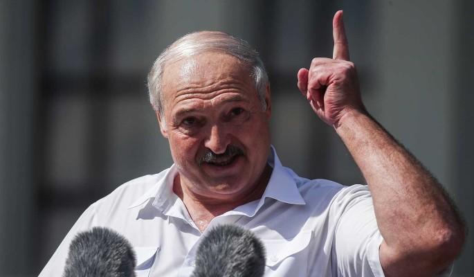 Лукашенко о причинах протестов в Белоруссии: Возможно, немного пересидел