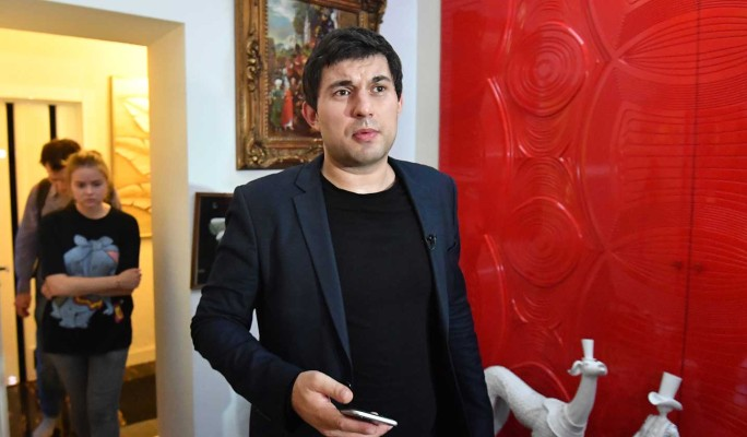 Сын Алибасова осрамил жену на всю Россию