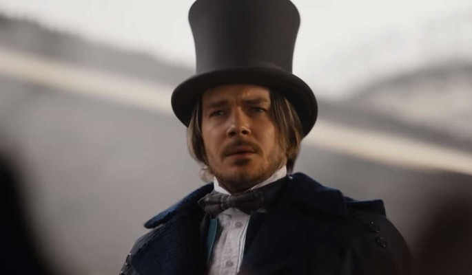 Максима Матвеева в образе Шерлока Холмса жестко высмеяли