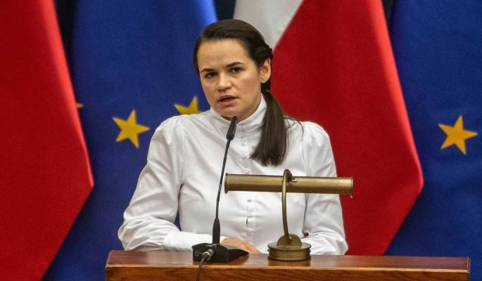 Эксперт сравнил Тихановскую с Порошенко: Грош цена словам