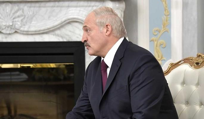 Лукашенко высказался о политическом кризисе в Белоруссии: Такое случилось впервые в истории