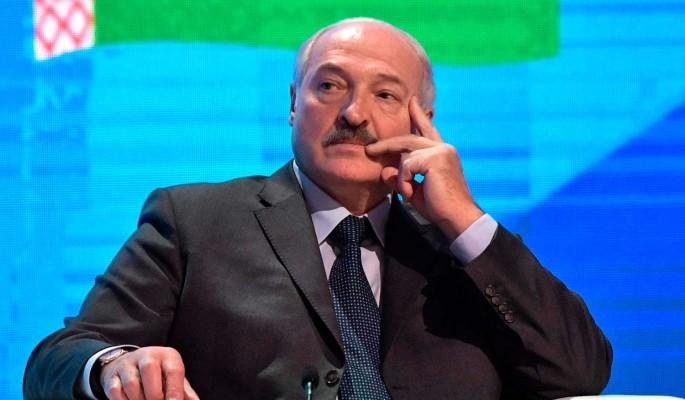 """""""Невиданный беспредел"""": бьющемуся за любовь народа Лукашенко не оставили шансов"""