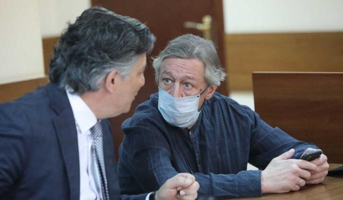 """""""Он очень многое упустил"""": сестра разнесла адвоката Ефремова"""