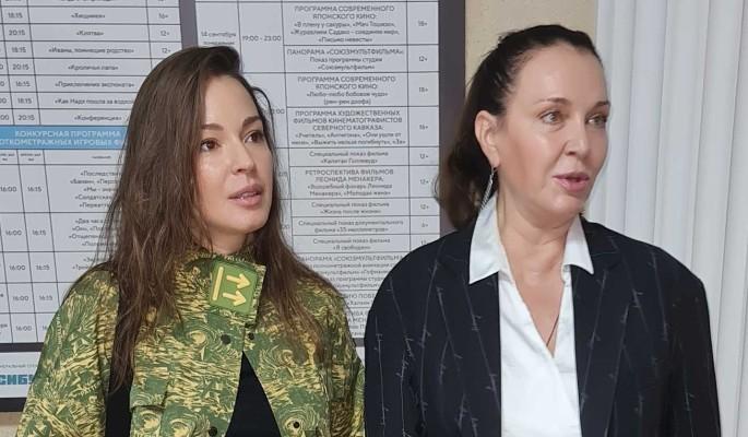 55-летняя Татьяна Лютаева стала выглядеть ровесницей дочери Агнии Дитковските
