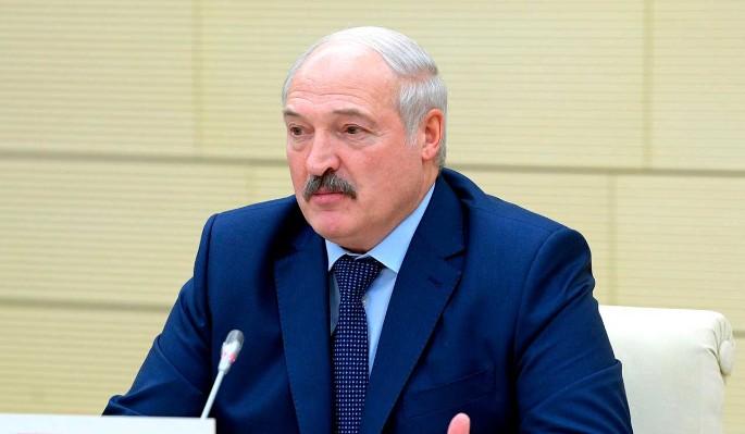 Эксперт о кредите России для Белоруссии: Лукашенко будет отдавать занятое комплиментами Путину