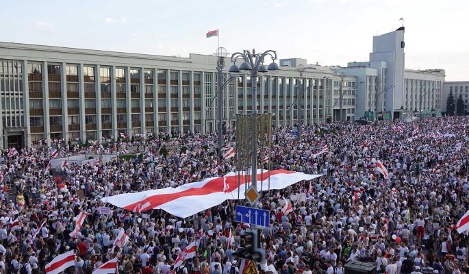 Политолог: США влезли во внутренние дела Белоруссии