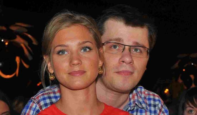 Последствия развода: Харламов смирился с непристойными ролями Асмус