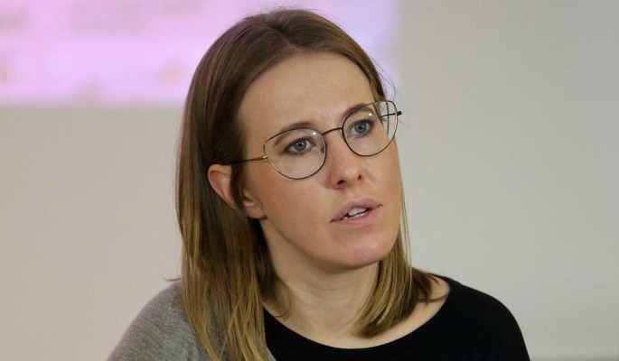 """""""Одного шоу хватило"""": экс-адвокат Ефремова плюнул в лицо избитой Собчак"""