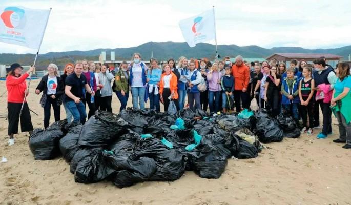 Школьники собрали более 15 тонн мусора во время акции