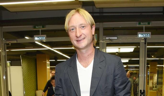 Плющенко посоветовал маленькому сыну терпеть боль