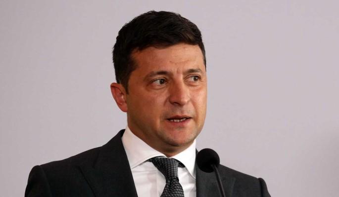 Зеленского подняли на смех после очередной жалобы ЕС из-за Крыма: Что он курит?