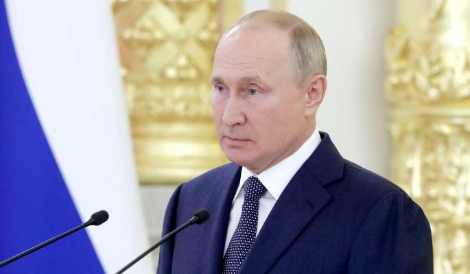 Путин пообещал повышение материнского капитала и помощь бедным