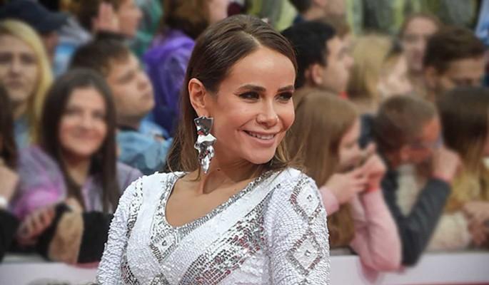 Айза согласилась выйти замуж за Олега Майами