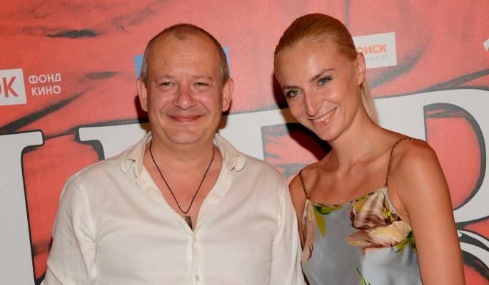 Вдова Марьянова рассказала об интиме с известным певцом