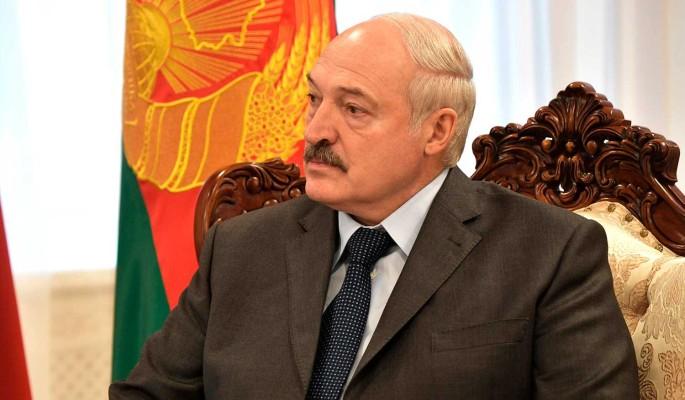 Лукашенко призвали покинуть Белоруссию: Оставаться нет смысла
