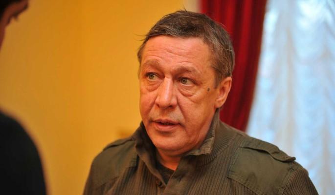 Ефремов перечислил сыну погибшего в ДТП крупную сумму
